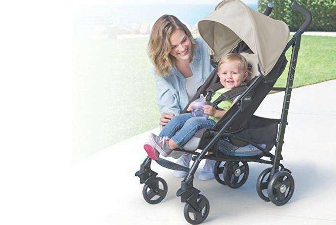 1-Chicco liteway stroller review front facing