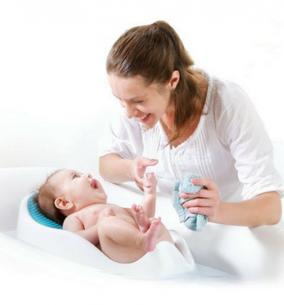 Angelcare Bath Support review Baby and Mom