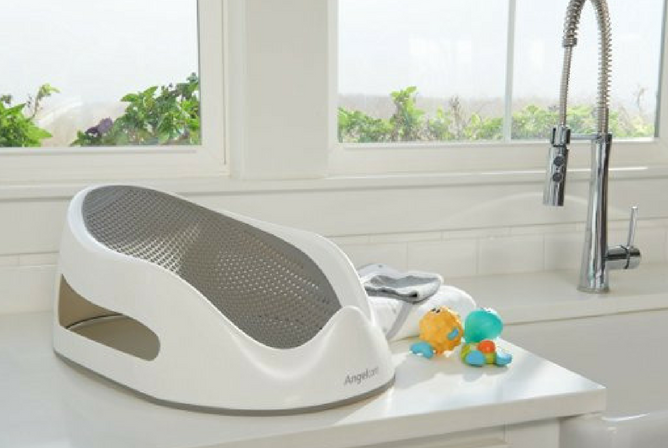 Angelcare Bath Support review on countertop