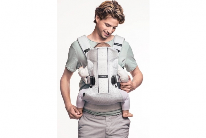 Baby Bjorn Air Carrier Front Inward Carry